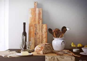 Mediterrian kitchen scene with a detailed bread and accessories | Scenected
